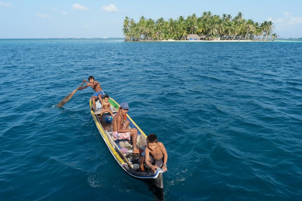 San Blas Kuna boot