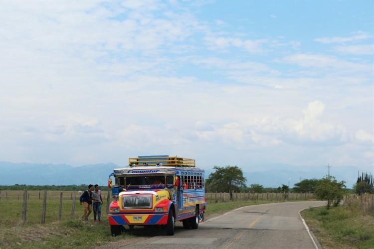 Chiva bus Colombia platteland