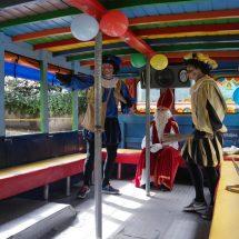 Sinterklaas Bogota chiva
